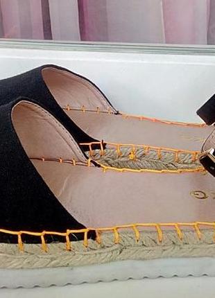Стильные новые босоножки-эспадрильи на тракторной подошве miss kg