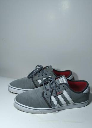 Оригинальные кроссовки р.46 (30 см)