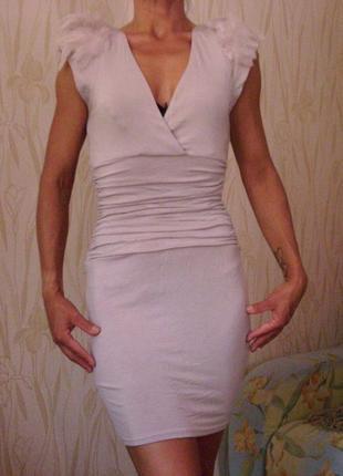 Стильное коктейльное платье lipsy(london)