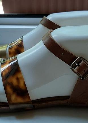 Стильные кожаные босоножки с тигровым принтом faith(италия).