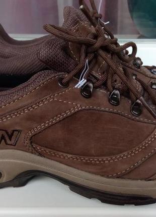 Фирменные кожаные кроссовки new balance(original).