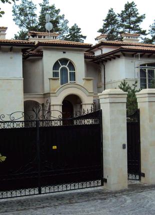 Фасады из камня
