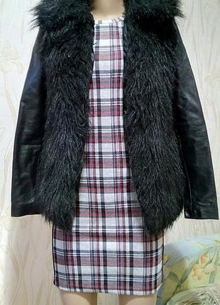Стильная меховая куртка с кожаными рукавами аtmosphere.