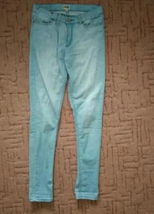 Джинсы голубые р 44-46, джинсы