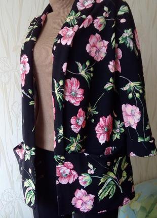 Стильный пиджак - бойфренд с цветочным принтом new look.