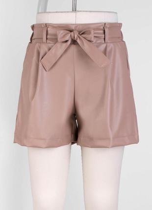 Женские  шорты из эко-кожи
