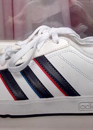 Стильные кроссовки adidas neo label(original).