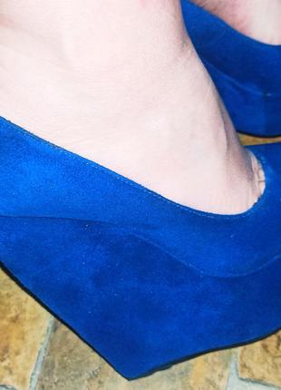 Замшевые женские туфельки