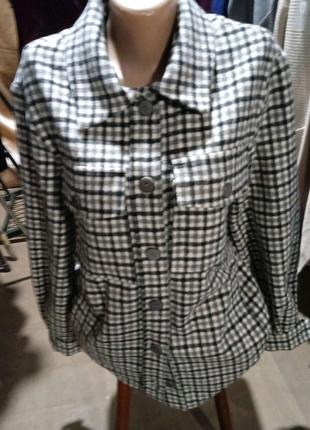 Теплая рубашка в клеточку с длинными рукавами