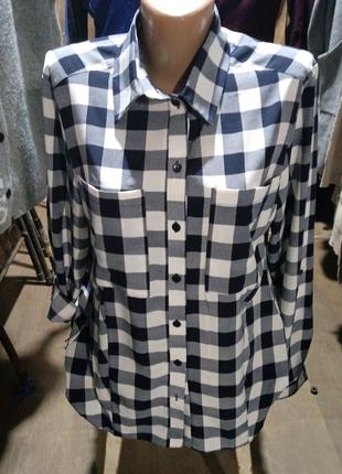 Рубашка с длинными  рукавами в большую клеточку