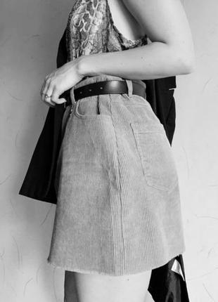 Черная мини-юбка в рубчик от pull&bear