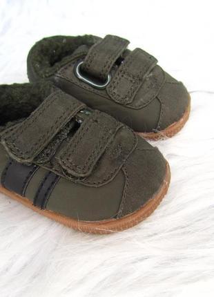 Стильные  пинетки обувь- кеды кроссовки matalan