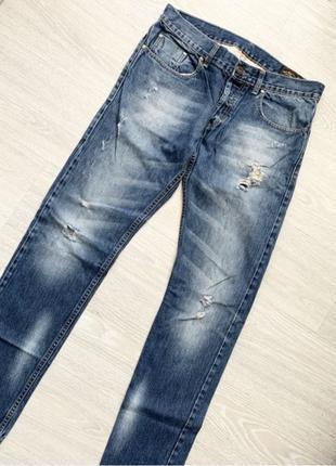 Крутые рваные мужские джинсы