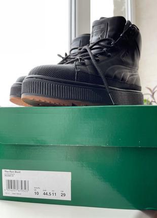 Продам ботинки