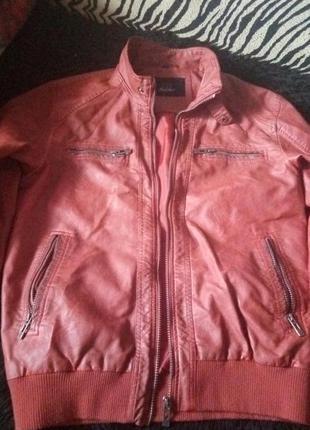Куртка на весну оригинал
