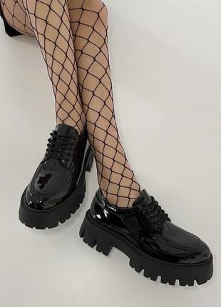 Туфли женские натуральная кожа лак