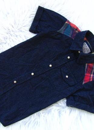Стильная и качественная джинсовая рубашка с коротким рукавом r...