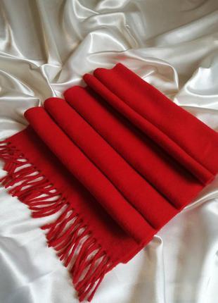 Фантастичний червоний шерстяний шарф harrisons