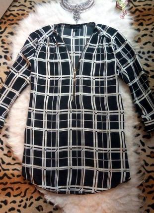 Рубашка блуза туника в клетку с замочком на декольте черная бе...