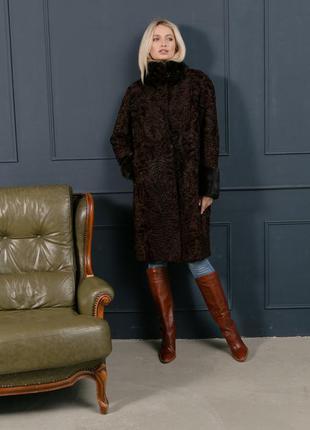 Шикарное пальто шуба каракульча с норкой цвета шоколад