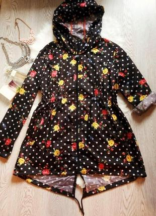 Черная парка куртка дождевик с капюшоном в цветочный принт бат...