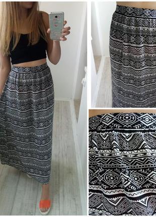 Длинная юбка в пол на резинке черная в светлый геометрический ...