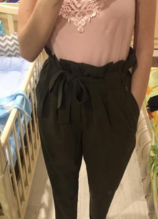 Новые брюки штаны очень высокая талия посадка цвет хаки зелены...