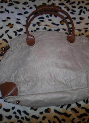 Красивая вместительная сумка из замши с кож вставками,