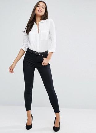 Черные прямые джинсы скинни узкачи укороченные кроп