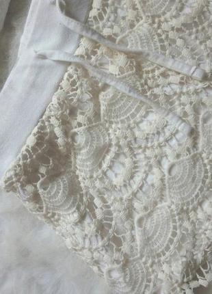 Белые короткие шорты с ажурным передом гипюр вязка на резинке ...