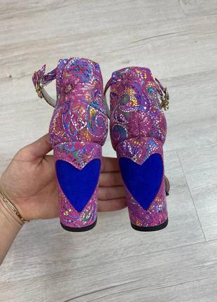 Кожаные эксклюзивные босоножки на каблуке натуральная кожа замша