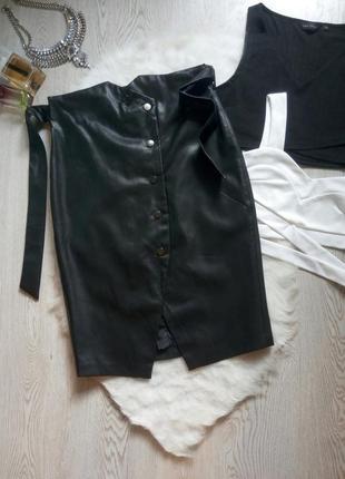 Черная длинная миди кожаная юбка с высокой талией поясом кнопк...