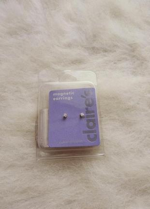 Серебристые маленькие сережки обманки камни стразы цирконий на...