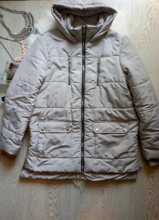 Серый зимний пуховик короткая куртка с капюшоном карманами мол...