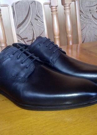 Нові чорні шкіряні туфлі claudio conti 42- 43р. 30см.