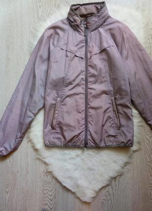 Серая белая ветровка куртка на молнии в клетку с капюшоном кар...