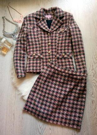 Теплый костюм в клетку пиджак с короткой юбкой под шанель розо...