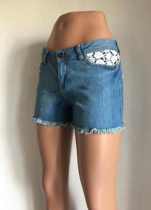 Распродажа! джинсовые шорты голубые с белым кружевом esmara