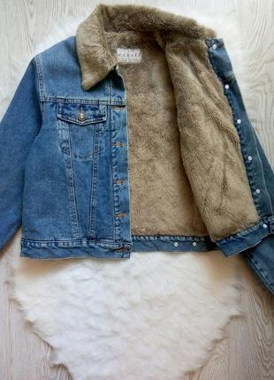 Синяя джинсовая короткая теплая зимняя куртка голубая с мехом ...