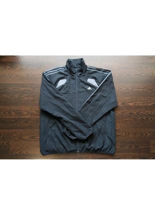 Спортивная кофта от Adidas