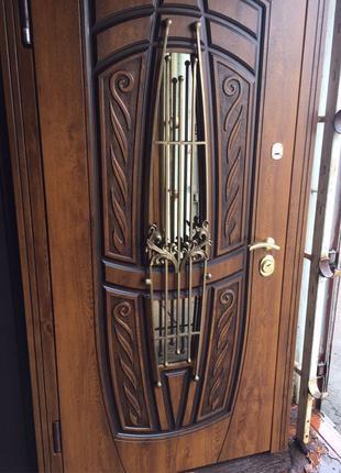 НОВЫЕ ПО ЦЕНЕ Б/У! Дверь металлическая входная, бронированная две