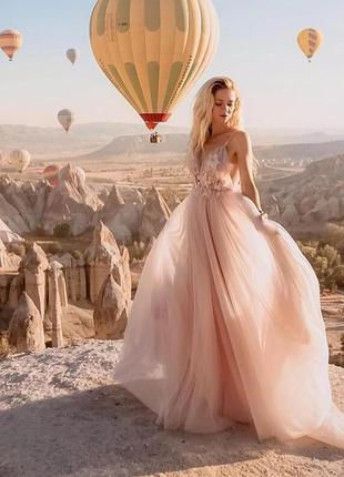Свадебное, вечернее платье с открытой спиной