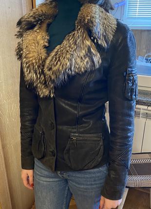 Кожаная курточка с натуральным мехом