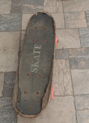Скейтборд, стоить не дорого