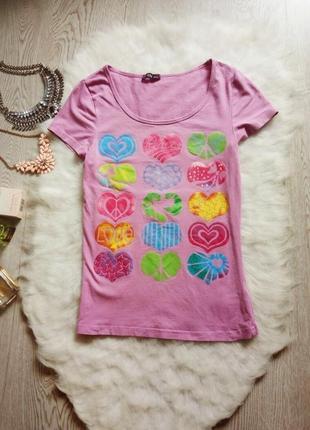 Розовая футболка с принтом рисунком сердечки натуральная хлопо...