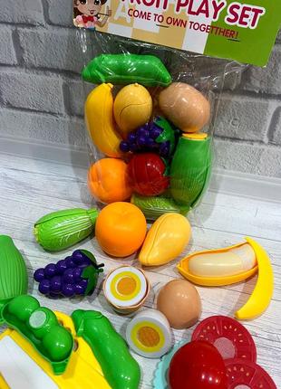 Продукты на липучке овощи и фрукты на липучке.