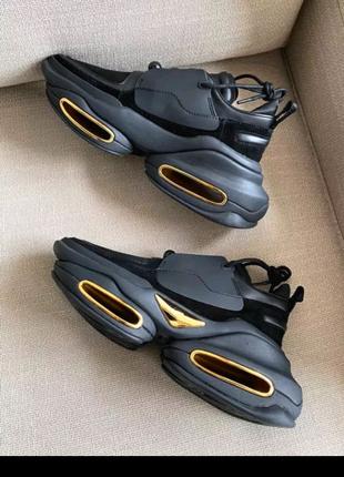 Летние кросовки.