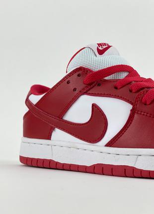 """Nike 🔥 SB Dunk Low """"University Red""""."""