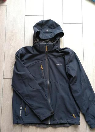 Спортивная мужская курточка craft