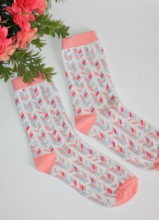 Красивые носочки для девочки, примерно размер 33-36